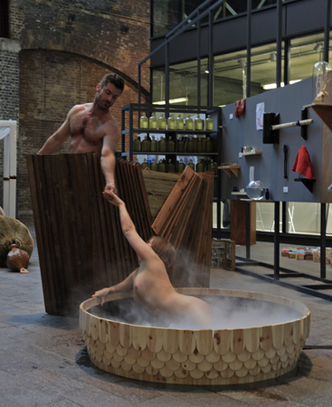 http://www.borisraux.com/english/files/gimgs/66_centaure-sirene-show.jpg