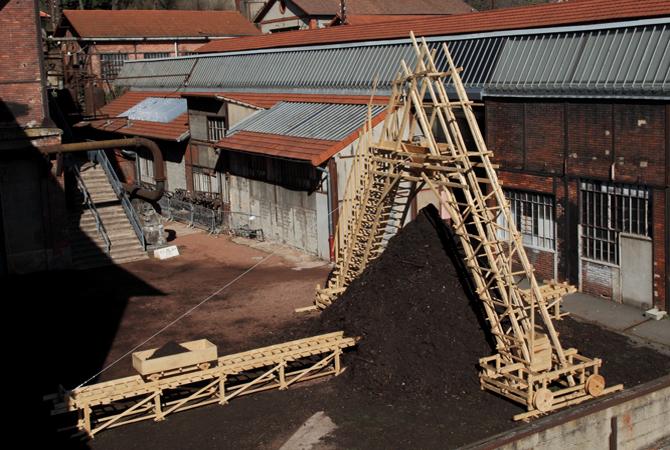 http://www.borisraux.com/files/gimgs/100_photo-la-revolution-lignivore-vue-depuis-passerelle.jpg