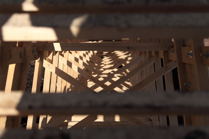 http://www.borisraux.com/files/gimgs/102_100photo-la-revolution-lignivore-zoom-lum-interne-escalier.jpg
