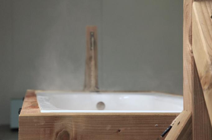 http://www.borisraux.com/files/gimgs/84_la-fabrique-des-gisants-bain-fumant.jpg